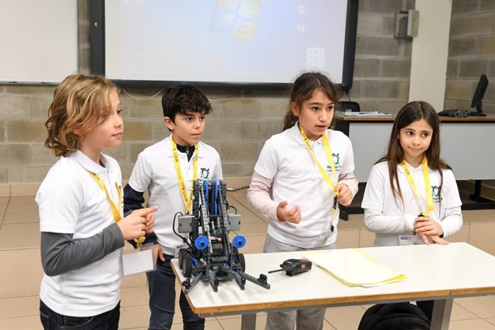 SIXTH VEX ROBOTICS COMPETITION AT NDU