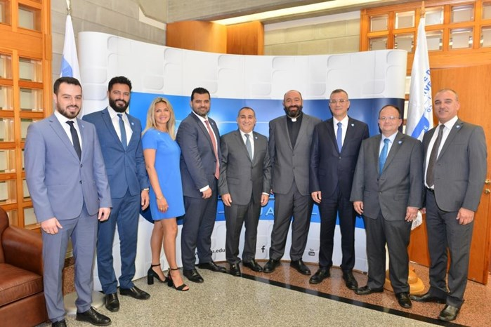 NEW ALUMNI ASSOCIATION BOARD MEETS WITH NDU PRESIDENT
