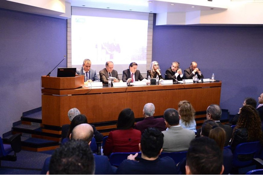 "NDU HOSTS A ROUND TABLE ON ""THE LEBANESE FINANCIAL AND ECONOMIC CRISIS: CHALLENGES AND POSSIBLE SOLUTIONS"""