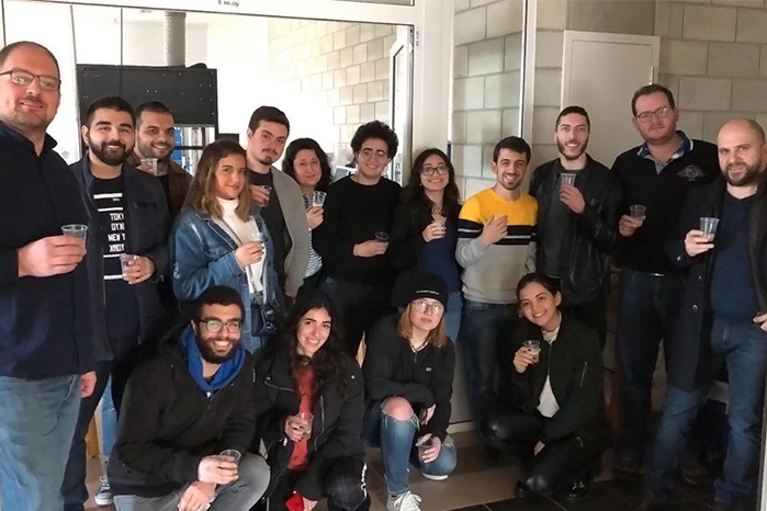 AICHE STUDENT CHAPTER BREW THEIR OWN CRAFT BEER IN HOME-BREWING WORKSHOP
